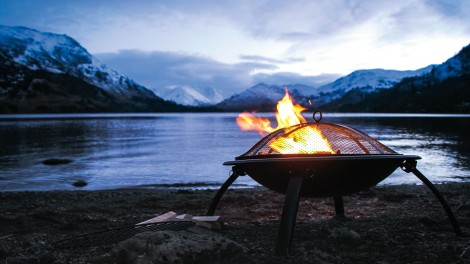 Winter barbecue on Ullswater